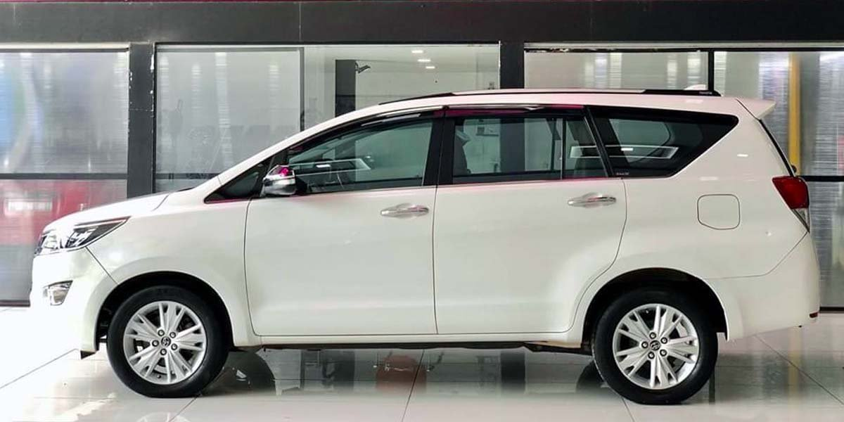 Here's A Toyota Innova Crysta With Ceramics Coating - Benefits Explained