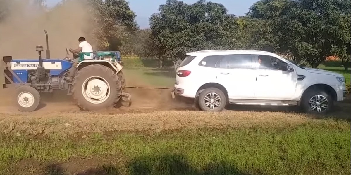 Ford Endeavour vs Swaraj 744 Tractor
