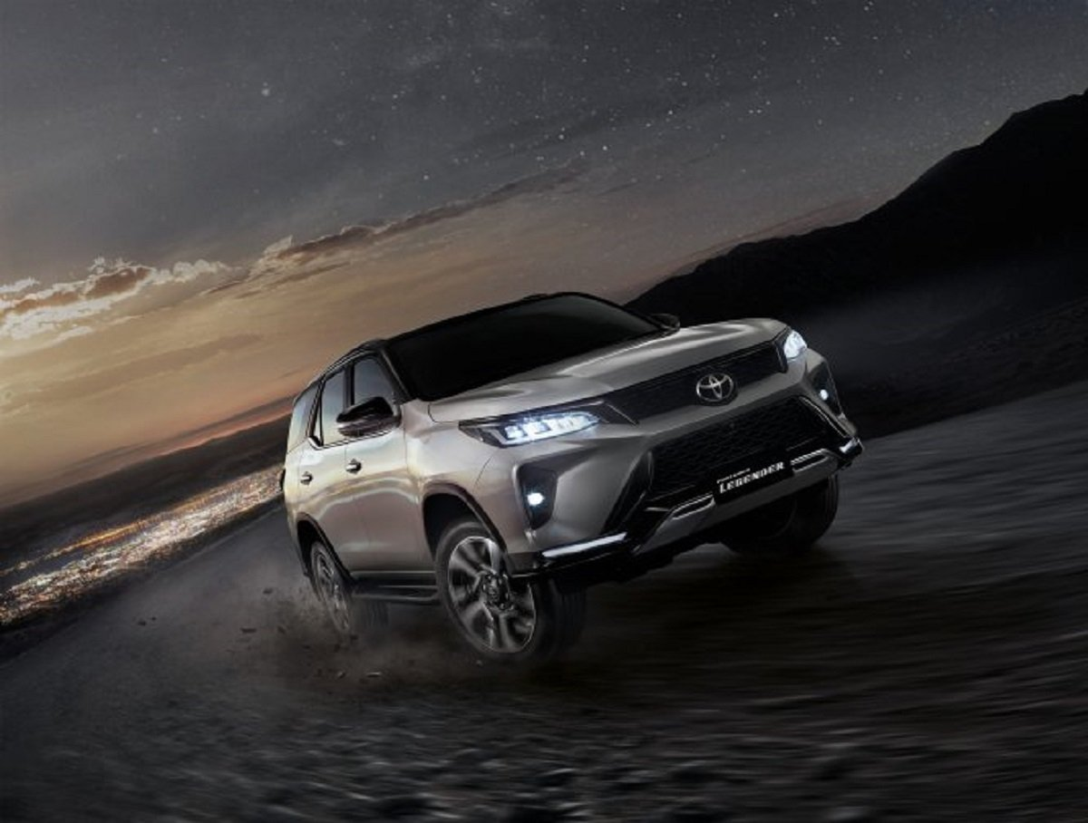 India-Bound Toyota Fortuner Facelift Launched In Thailand At Rs. 31.49 Lakh