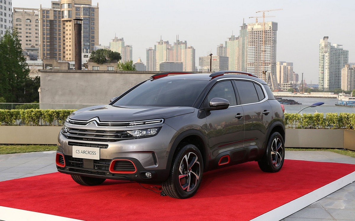 citroen c5 aircross three quarter front