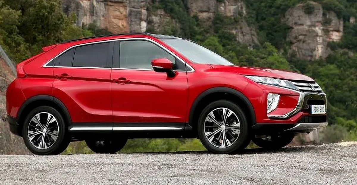Front-side-look-of-the-Mitsubishi-C-SUV