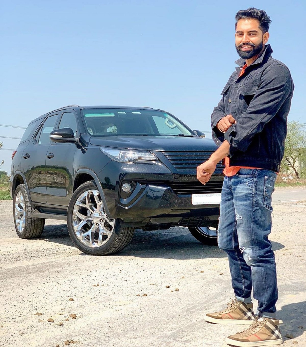 Parmish Verma's Toyota Fortuner Wears Funky 22-inch Rims - Looks DOPE
