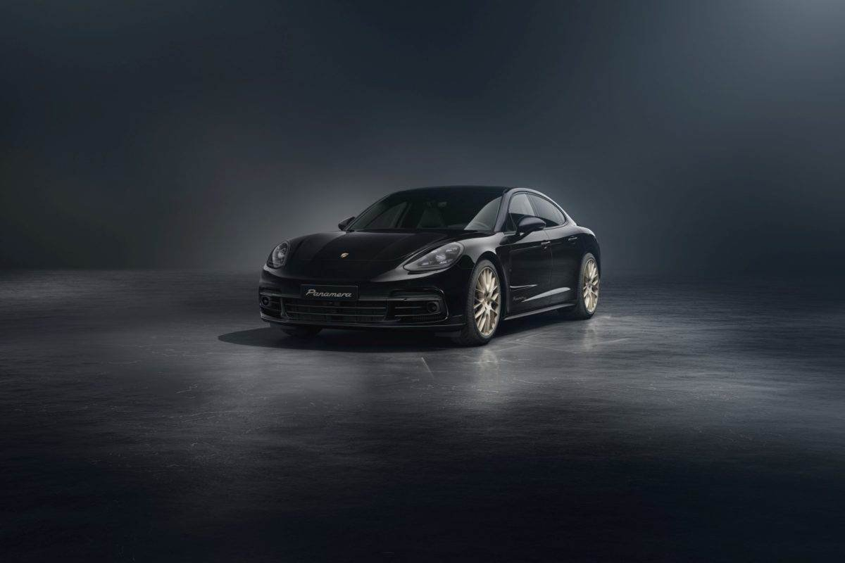 Front-side-look-of-the-special-edition-Panamera