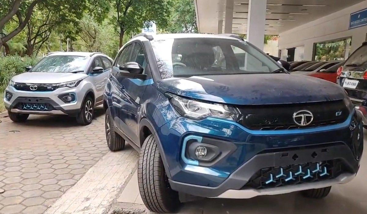 Tata Altroz EV all colour options
