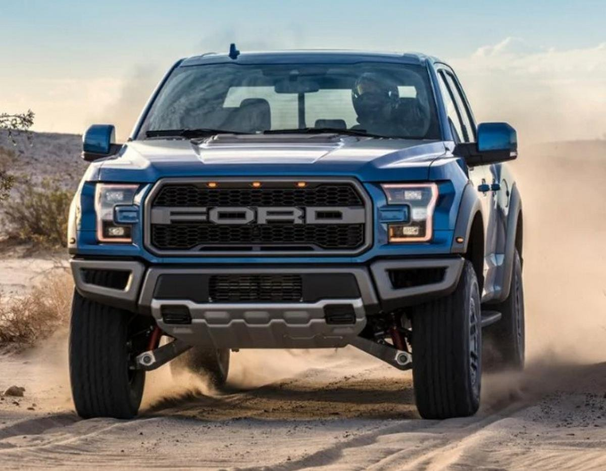 ford raptor front angle
