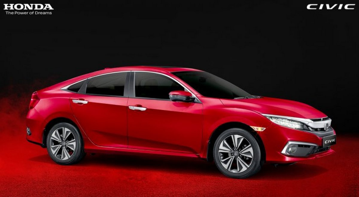 Front-side-view-of-Honda-Civic
