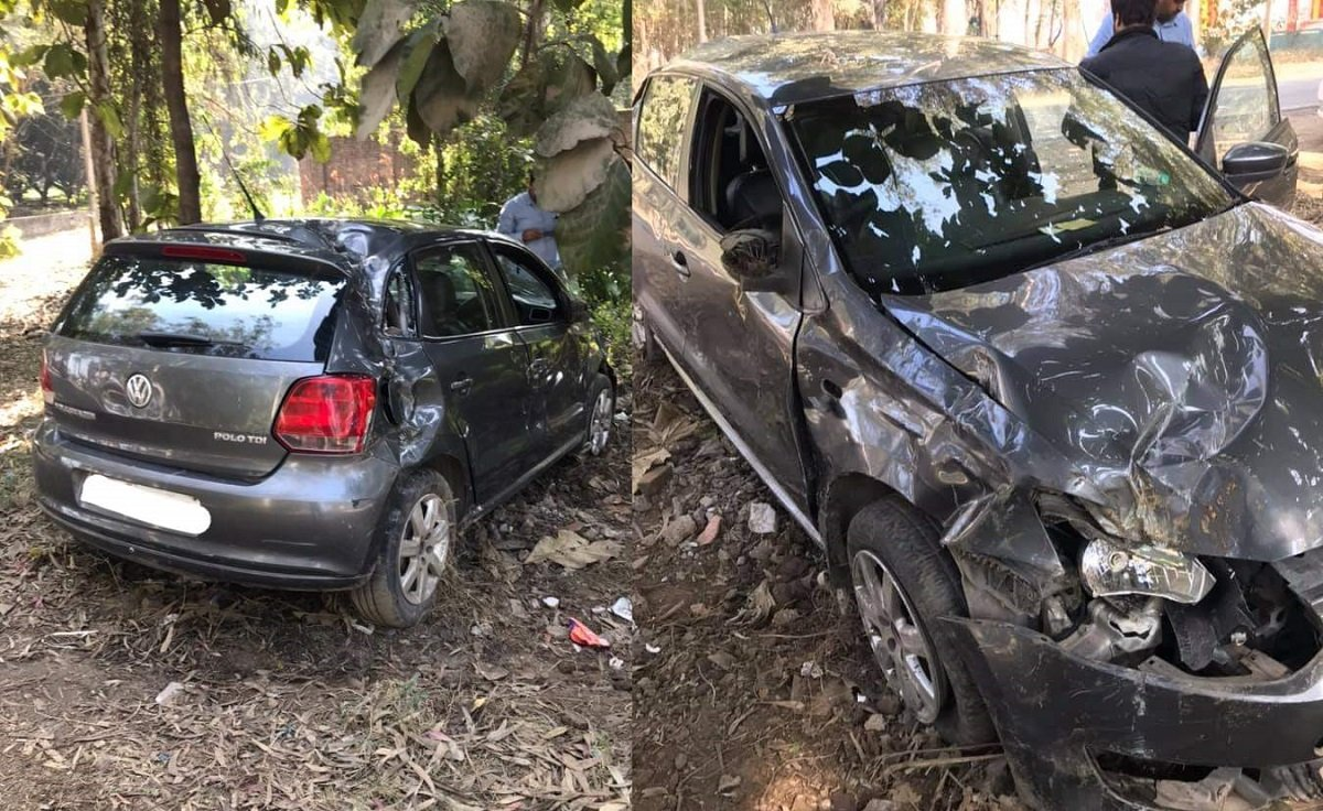 VW Polo Rolls-over At Speeds Of Around 60 kmph, Driver Safe