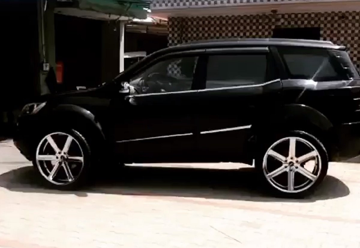 Mahindra XUV 500 Gets 24-inch Alloy Wheels, Biggest-ever Seen On A XUV