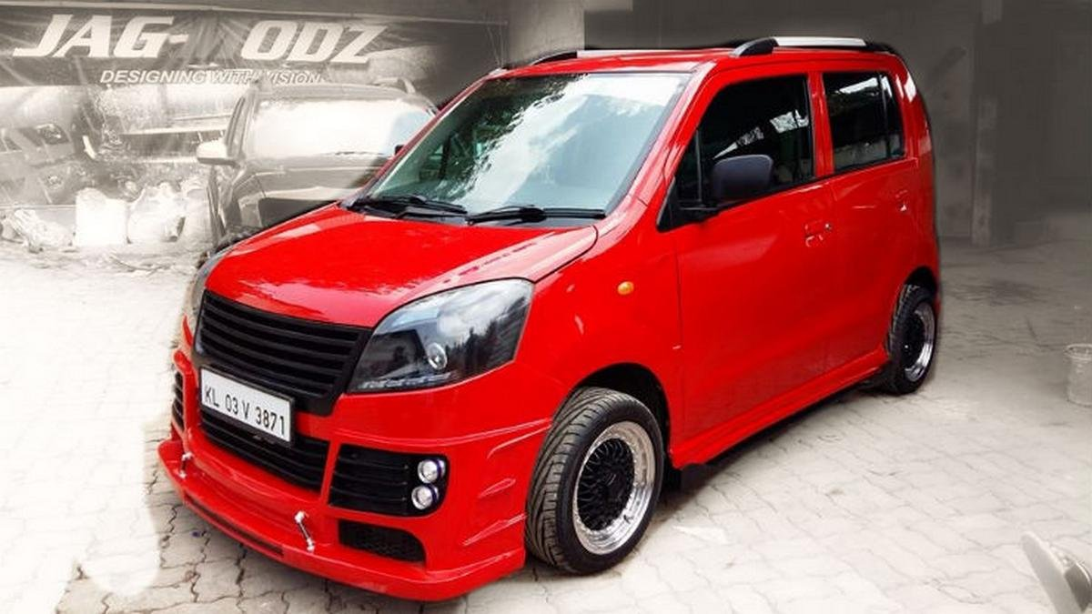 modified wagon r red colour front three quarters