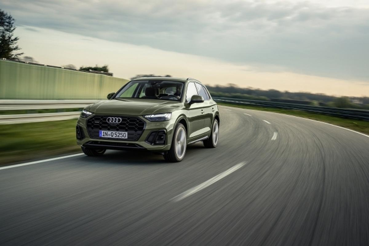 upcoming cars in india under 1 crore - audi q5 2021 front angle
