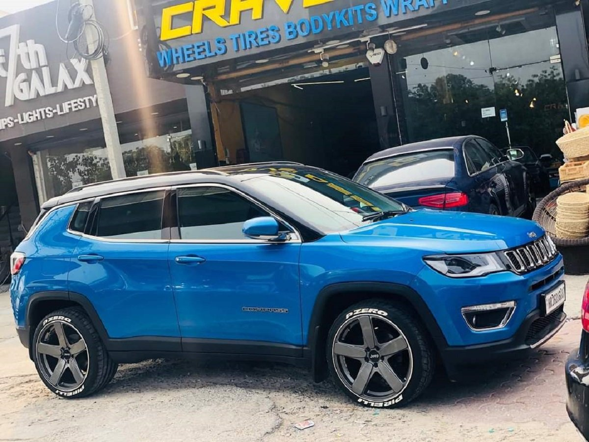 Hydro Blue Jeep Compass With 20-inch Rims Looks Baller