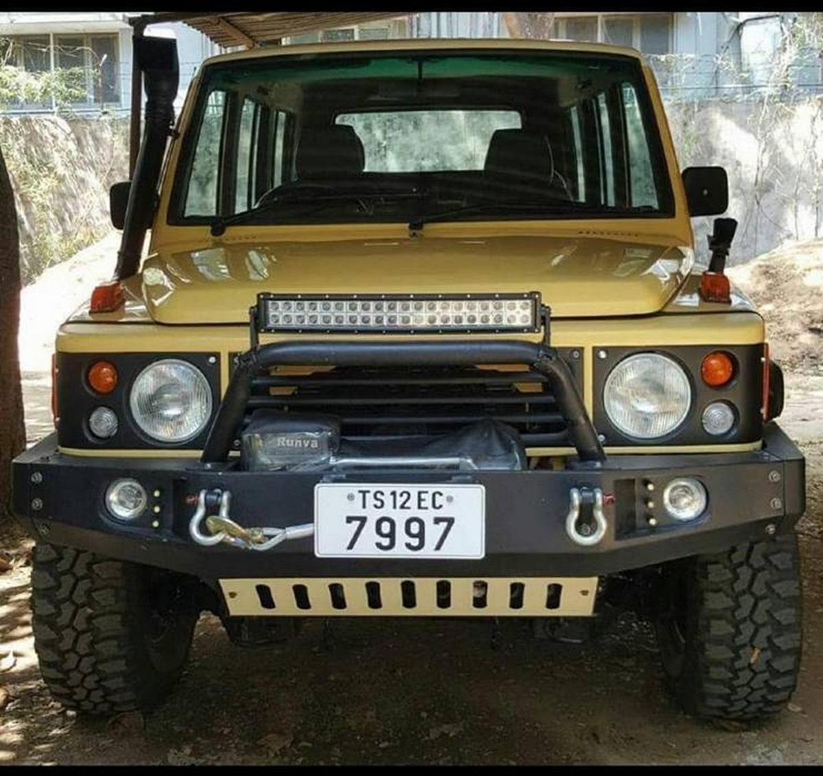 modified tata sumo front angle