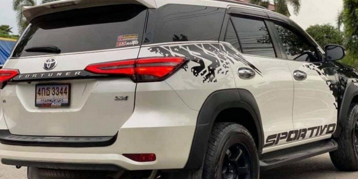 customised toyota fortuner hilux rear