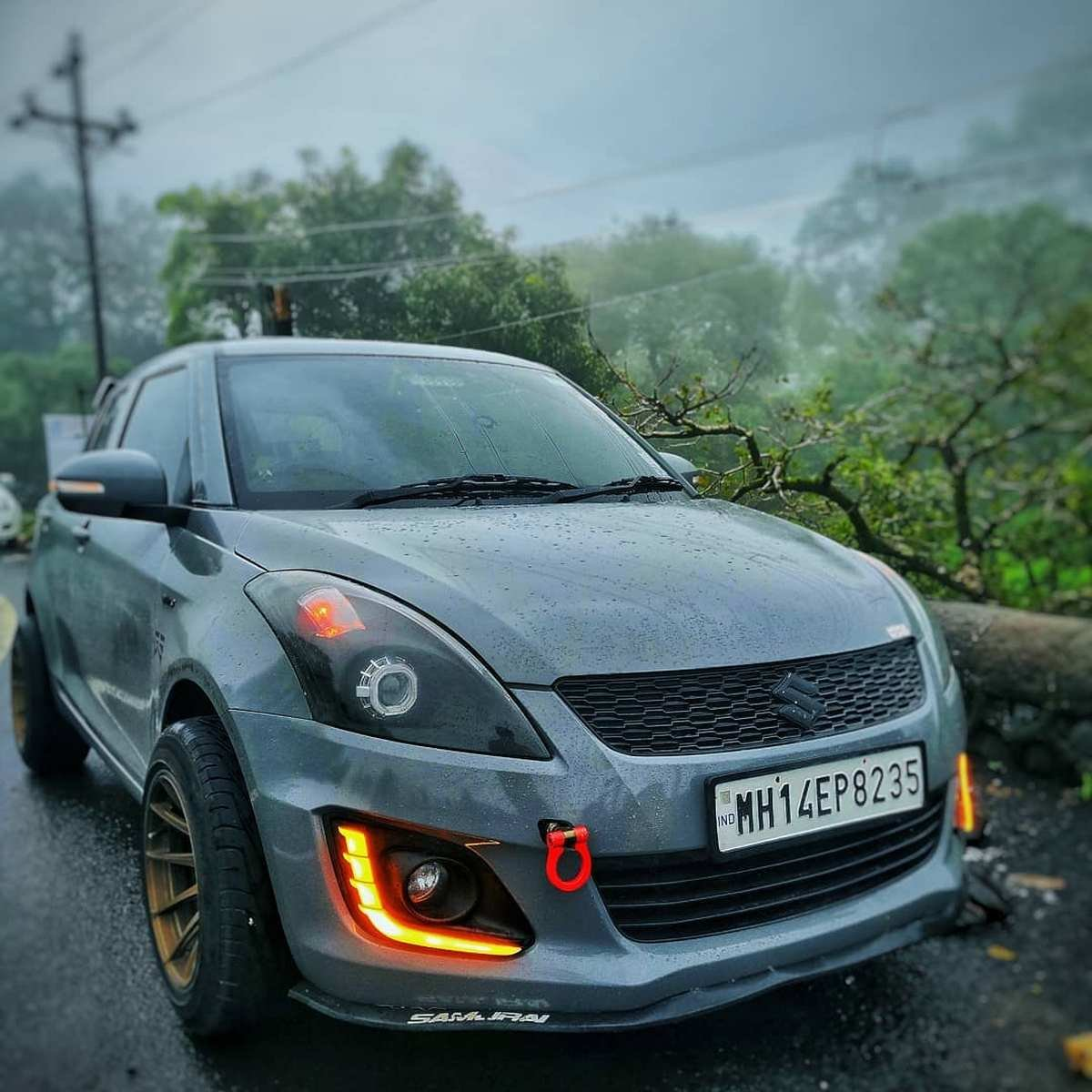 Front-side-view-of-Maruti-Swift
