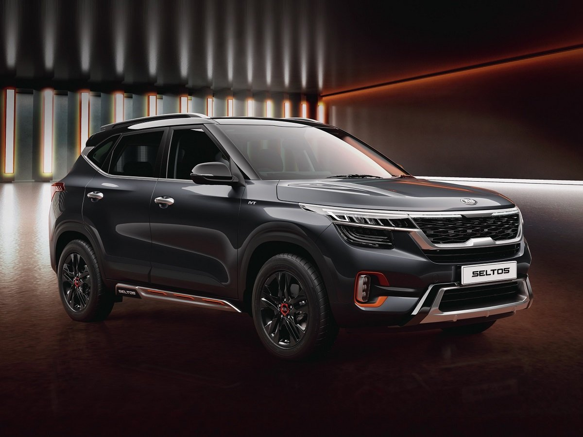 Kia Seltos 1st Anniversary Edition Now SPOTTED in Black Paint Shade