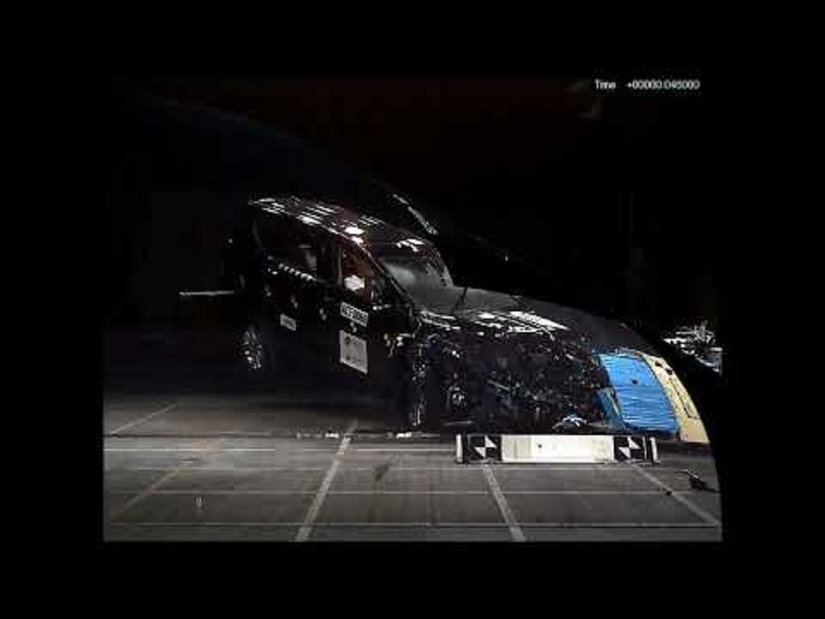 Toyota Innova Crysta Facelift Crash Tested By ASEAN-NCAP – ALL DETAILS