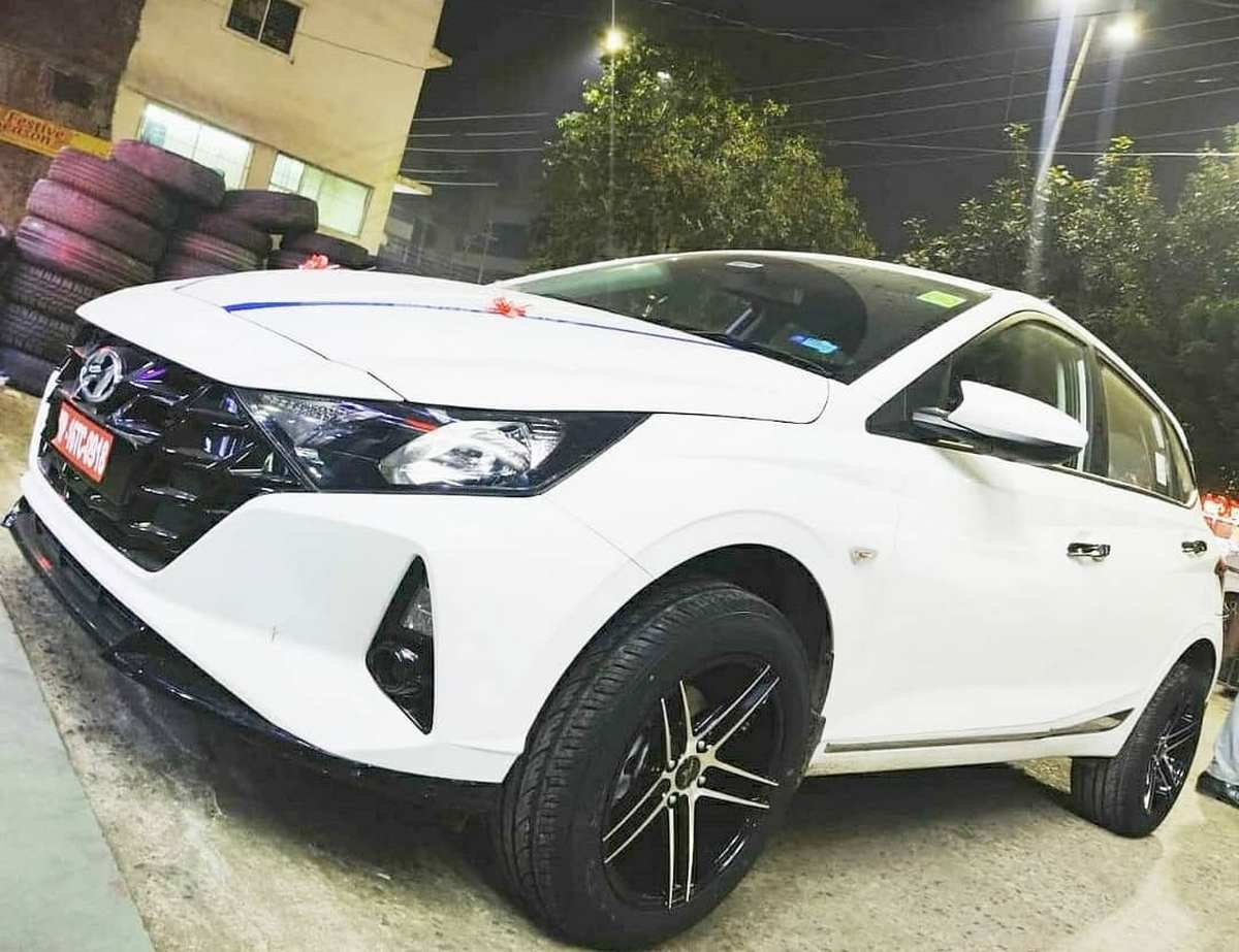 Front-side-look-of-new-gen-Hyundai-i20