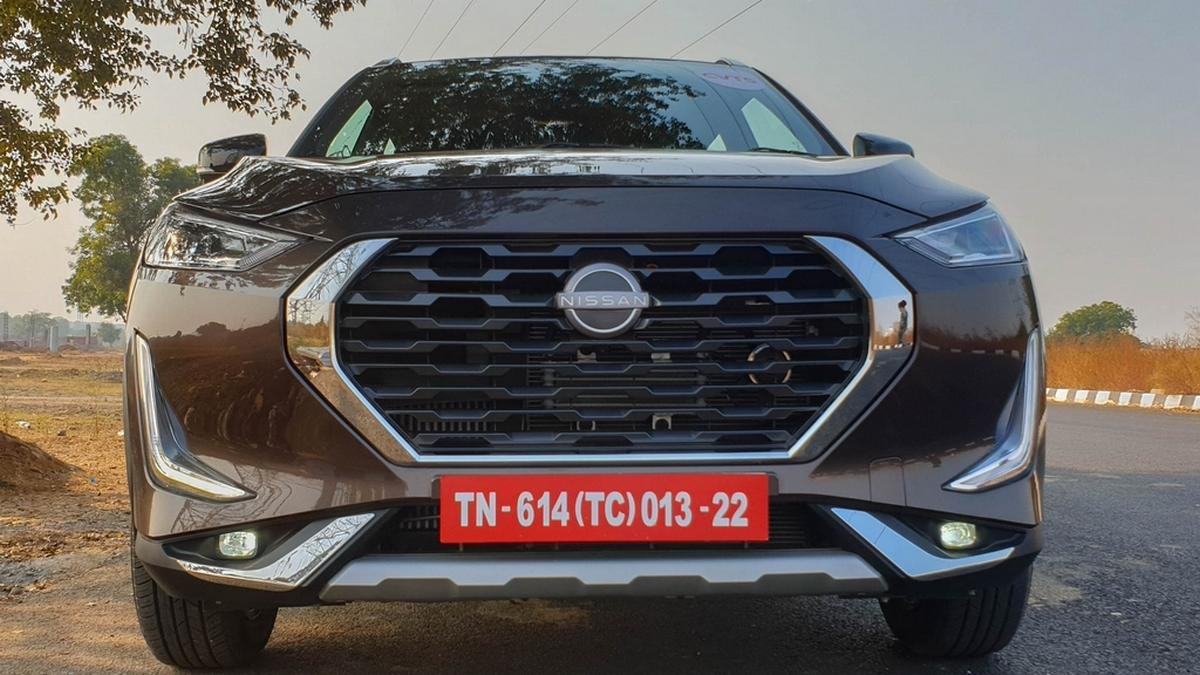 new nissan magnite front view