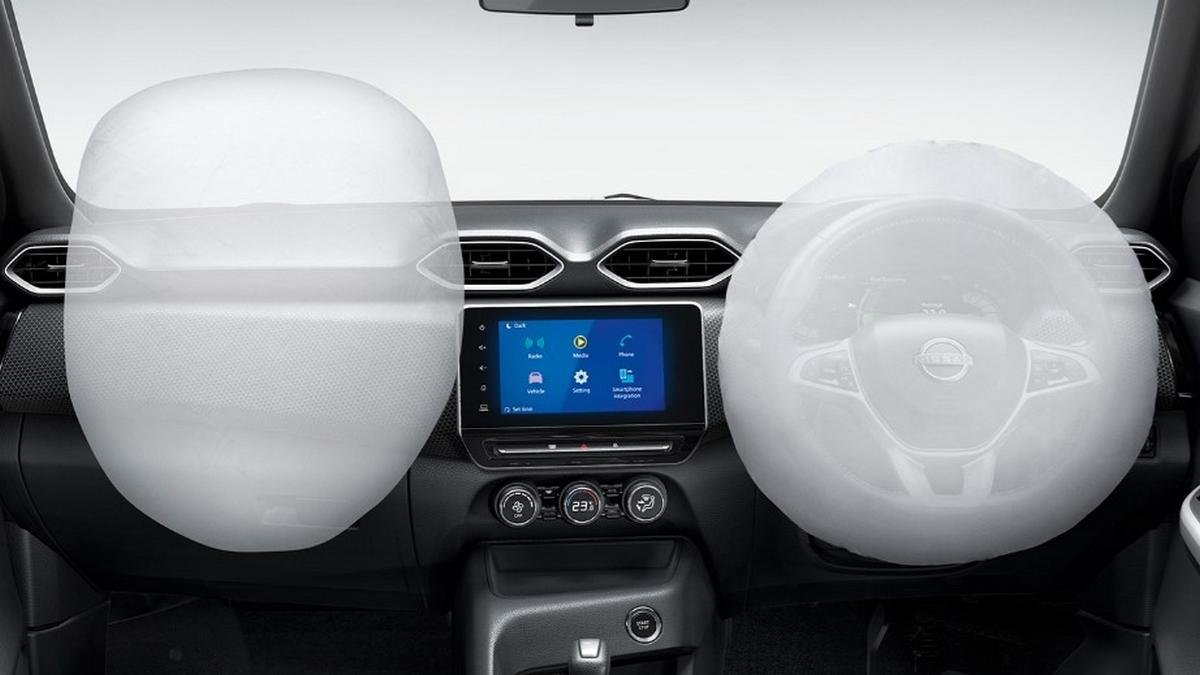 nissan magnite dual airbags