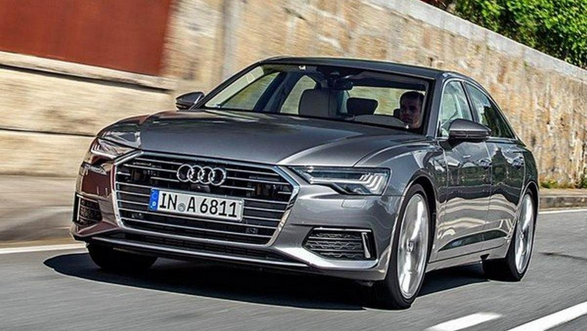 2018 audi a6 silver front angle