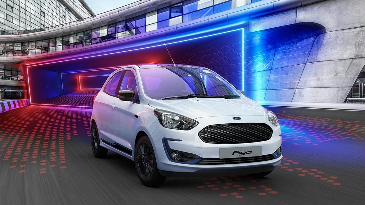 ford cars under 10 lakh - ford figo front three quarters