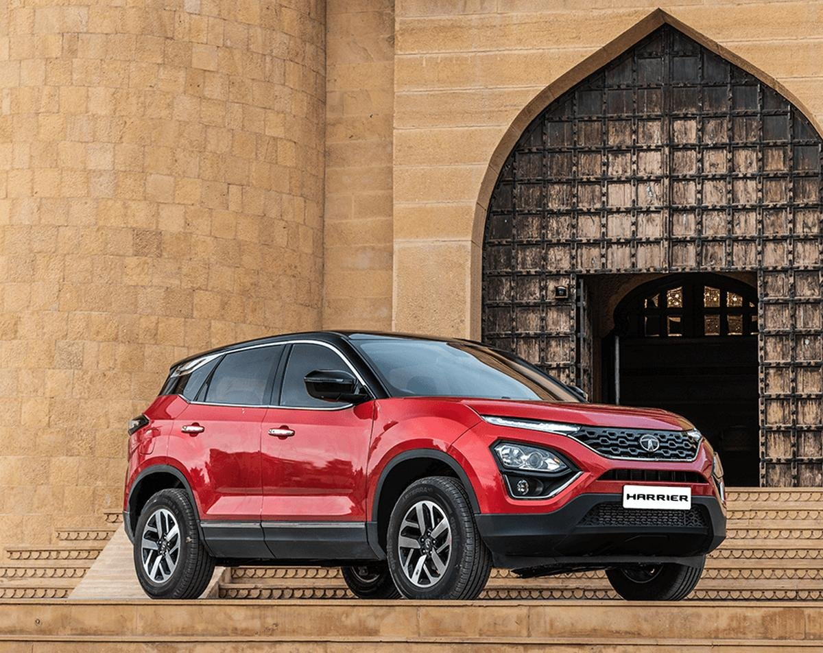 tata harrier red front angle