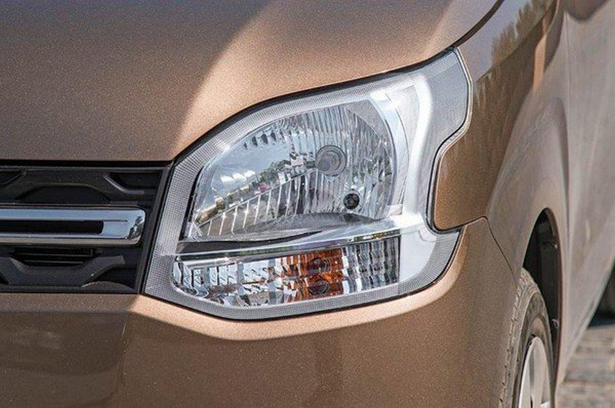 The WagonR headlamps