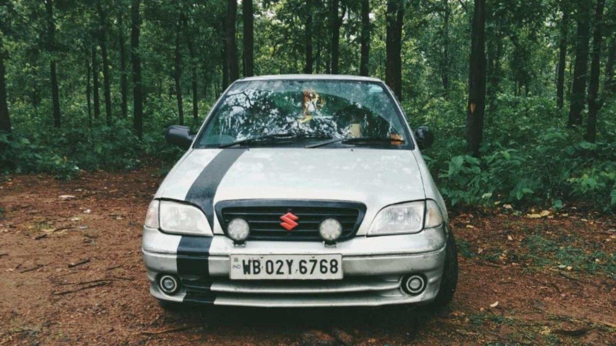 modified maruti esteem black & white front angle