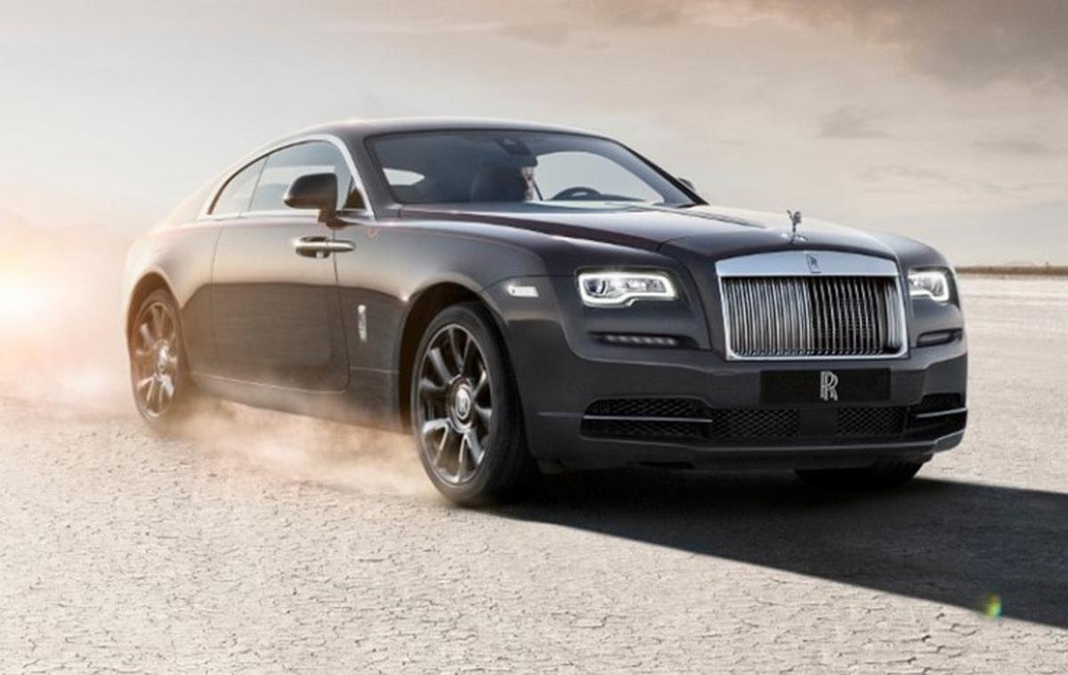 rolls royce wraith front angle