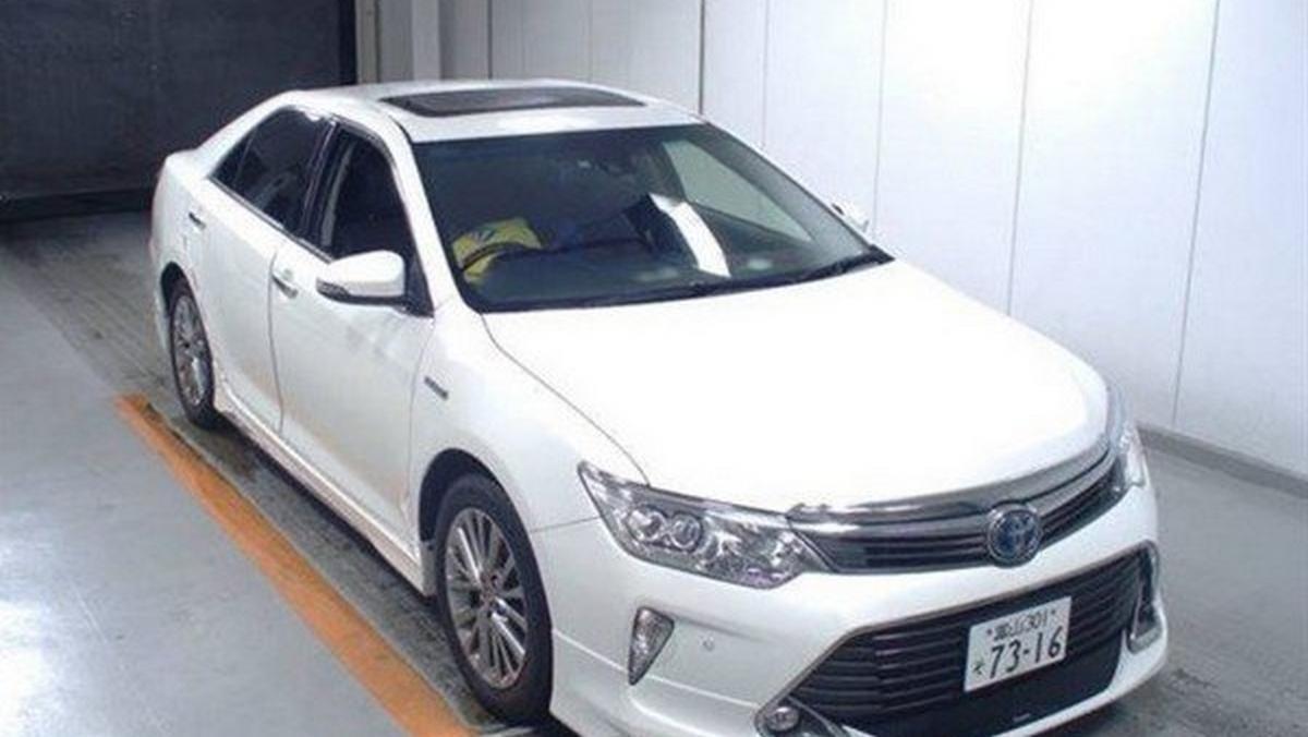 used Toyota Camry white angular