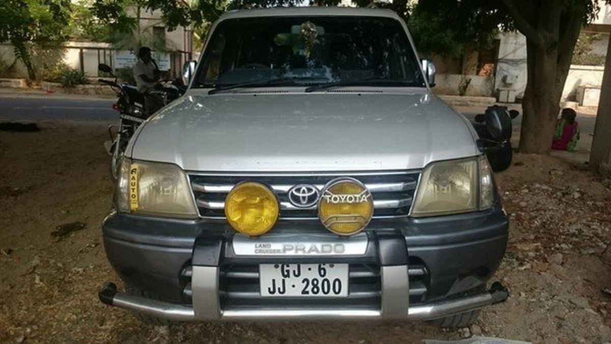 used Toyota Land Cruiser Prado silver front