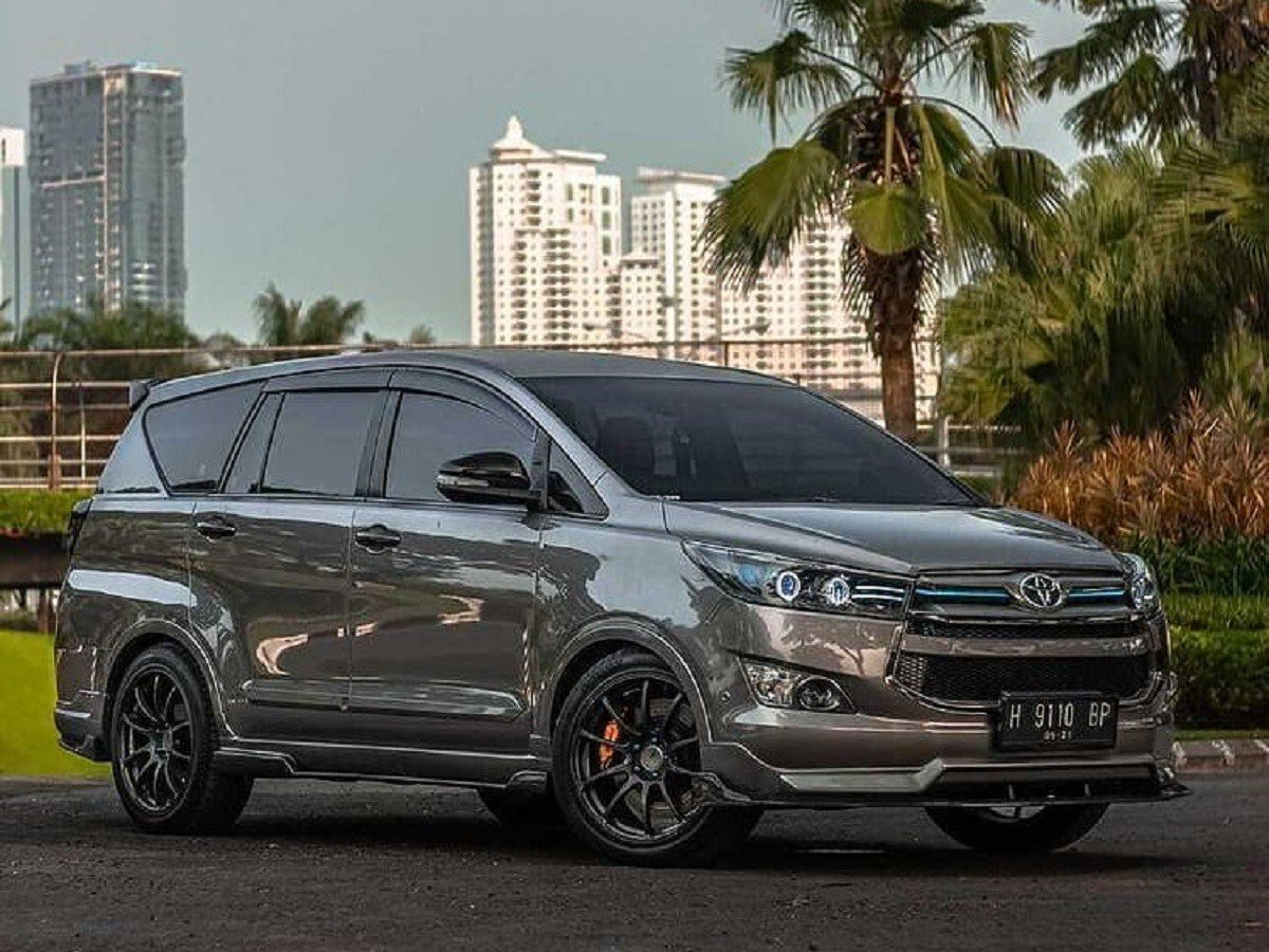 This Modified Toyota Innova Crysta From Indonesia is Too Hot to Handle