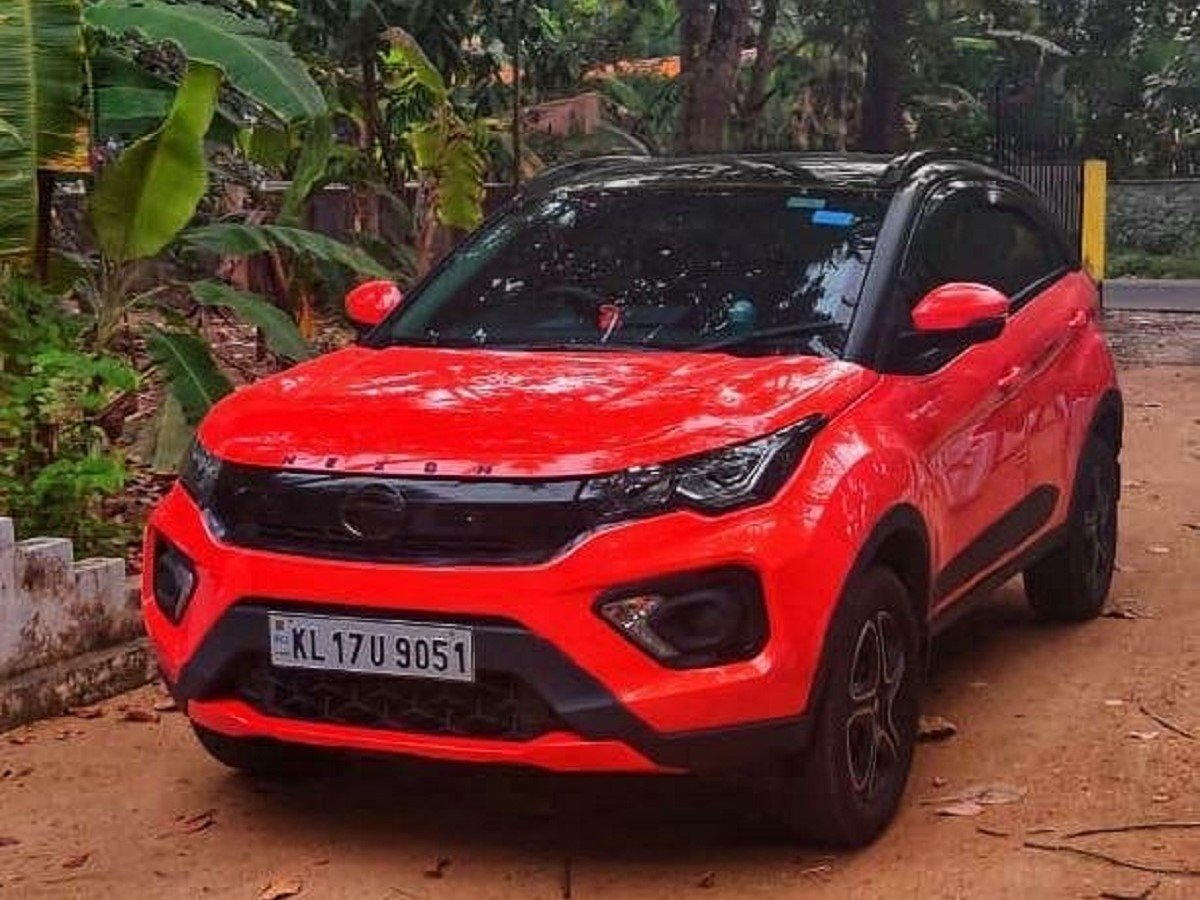 Subtly-customized Tata Nexon Facelift Packs in RR Evoque Vibes