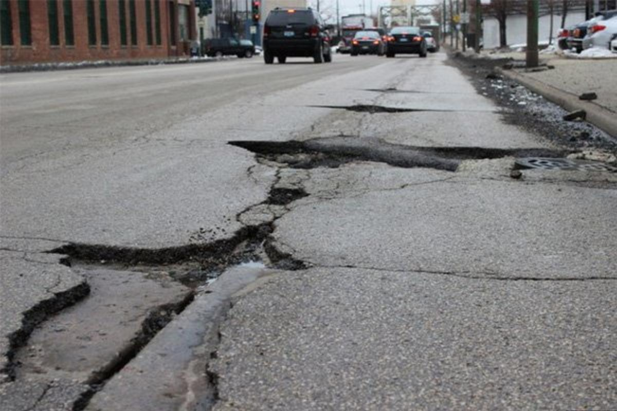 Cracks on an India road