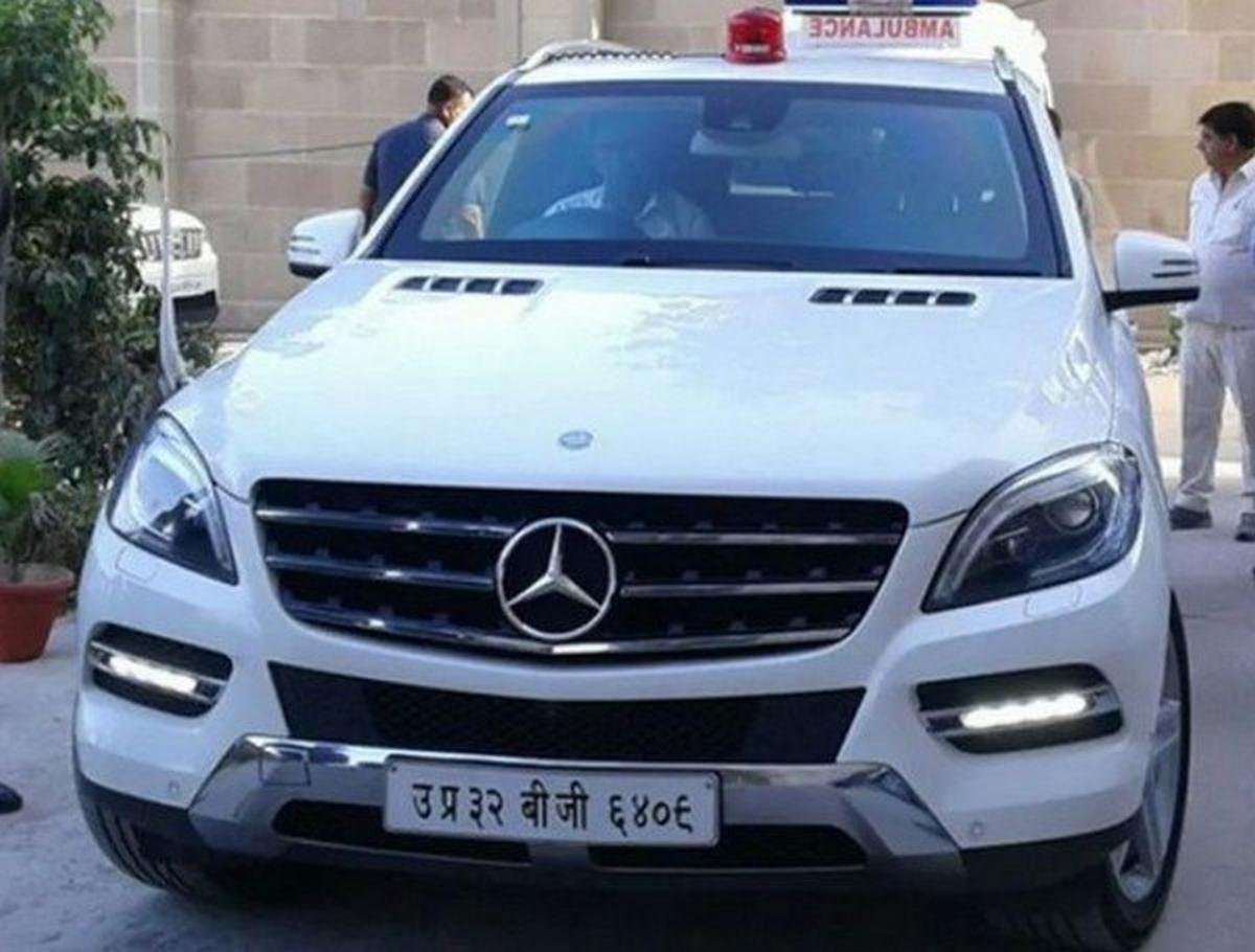 mercedes benz ml 500 guard white front angle