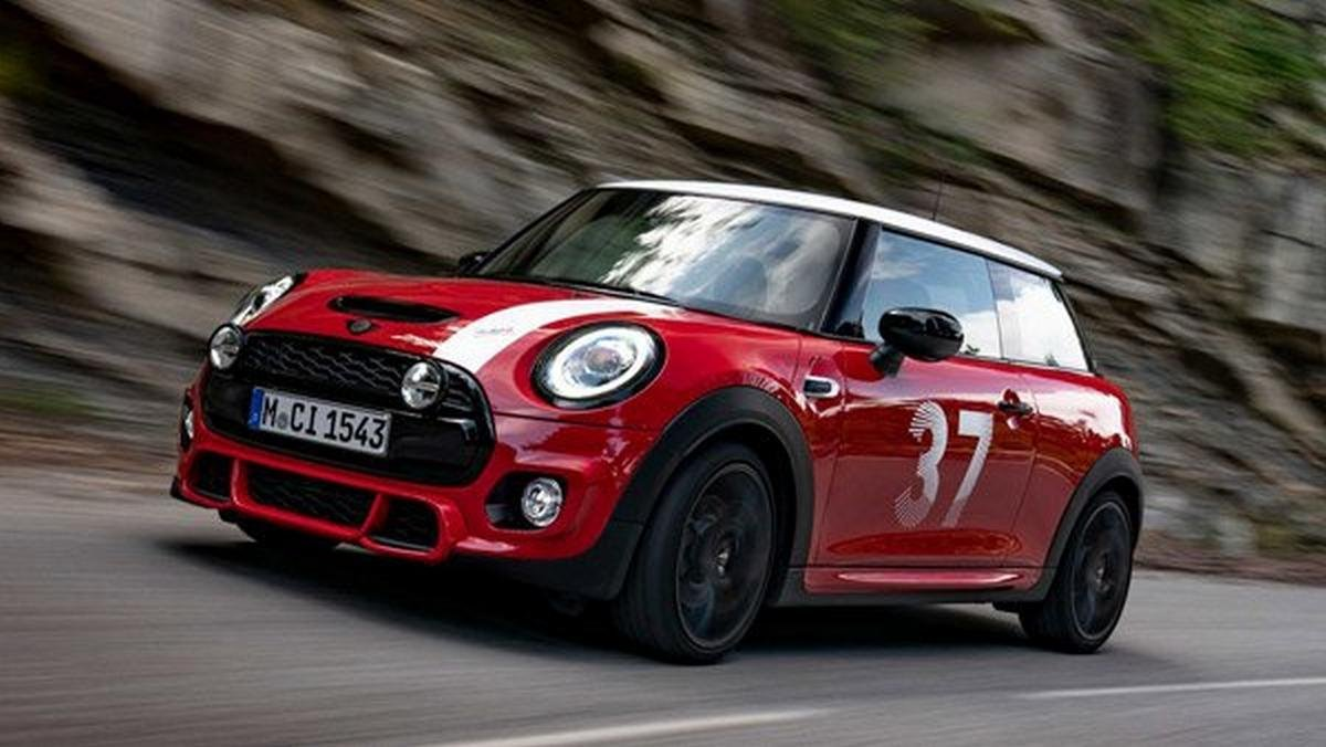 mini paddy hopkirk special edition front three quarters