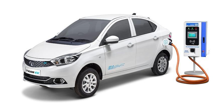 2021 Tata Tigor EV front three quarters