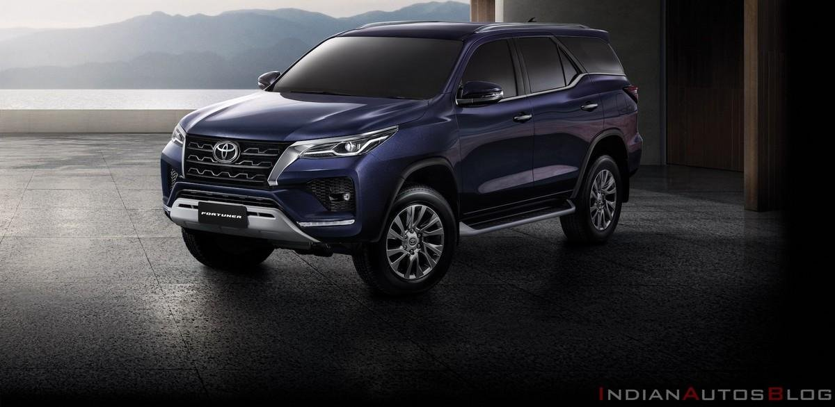 2021-toyota-fortuner-facelift-exterior front three quarter