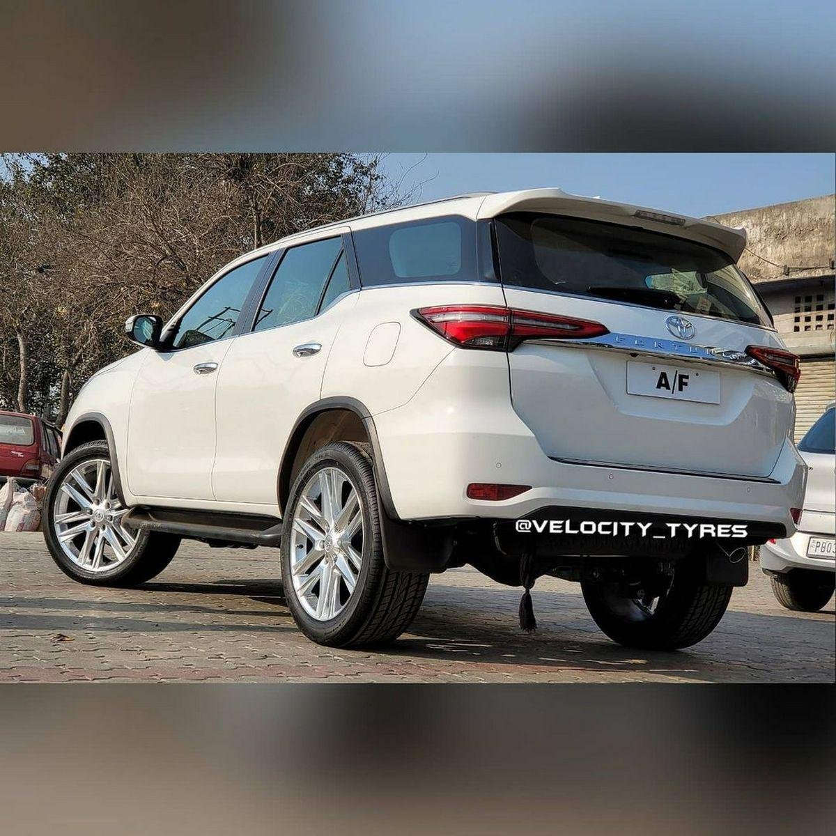 Rear-side-look-of-2021-Toyota-Fortuner