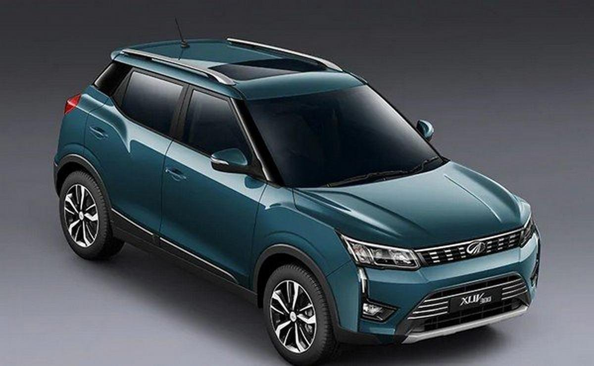 2019 Mahindra XUV300 dark green angular look