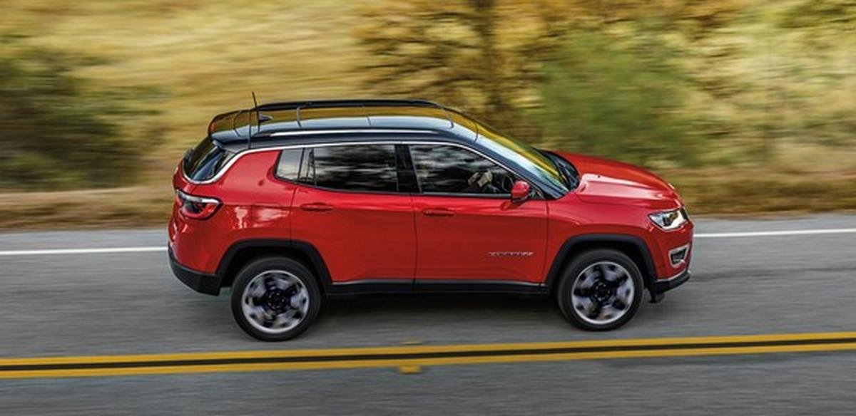 jeep compass red side angle