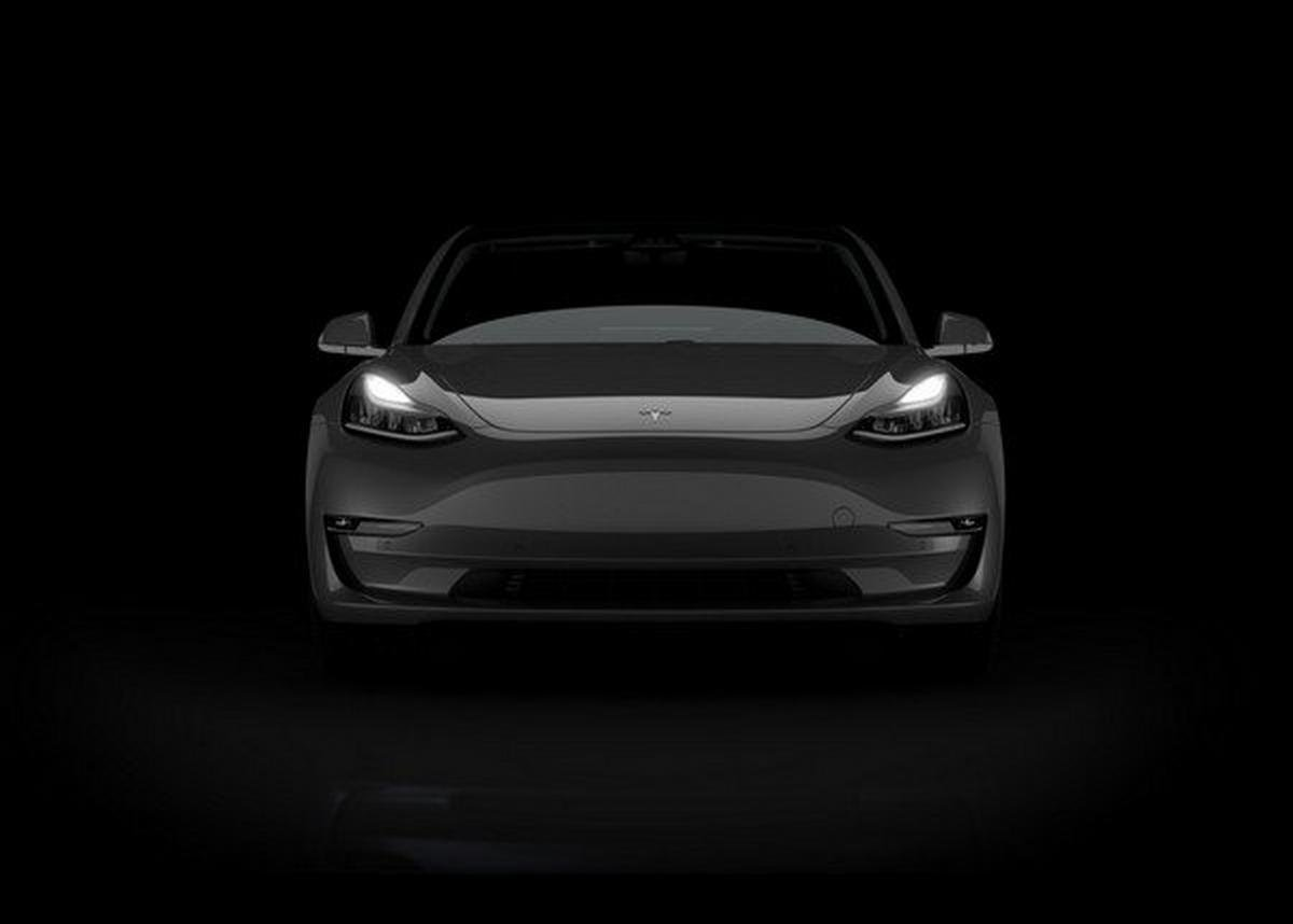 Tesla Model 3, Front angular look