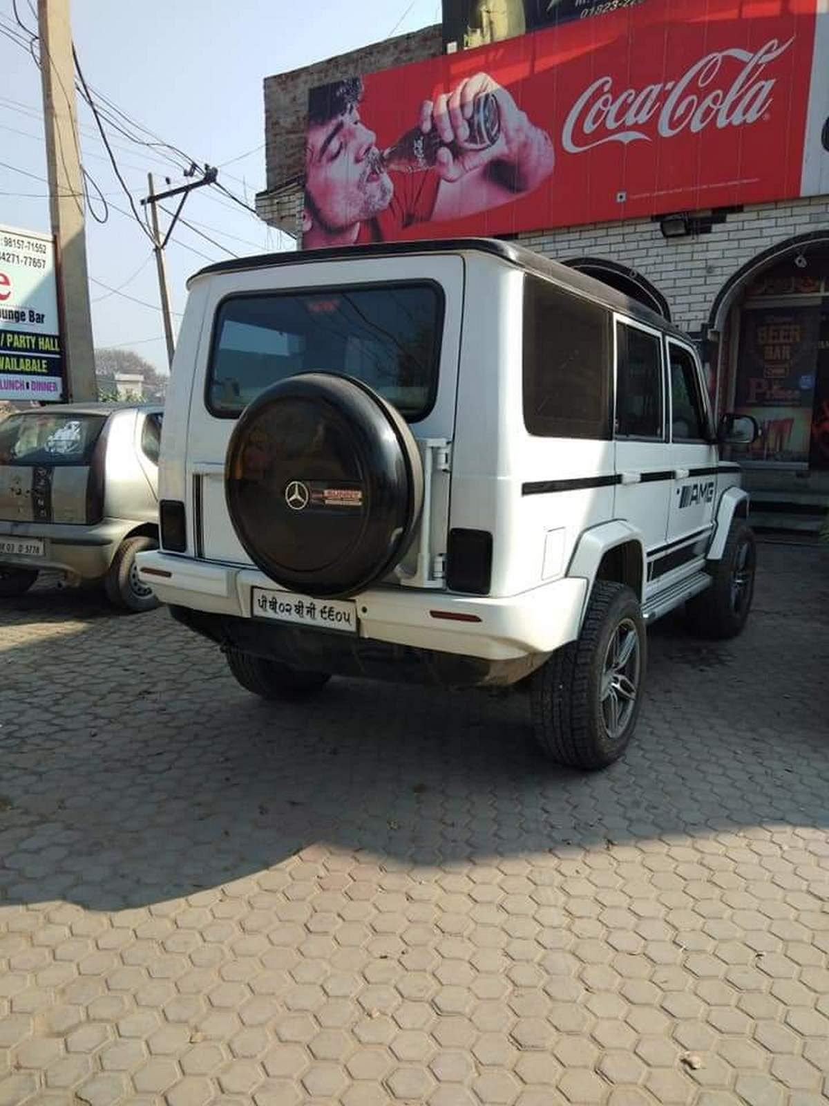 Rear-side-view-of-Tata-Sumo