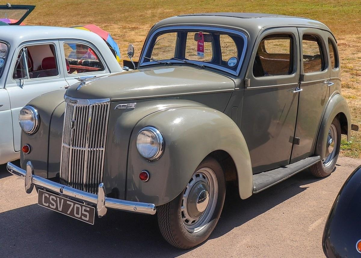1953 Ford Prefect Front Angle