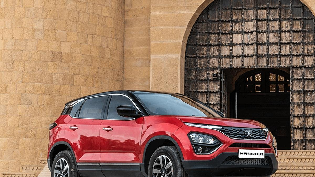 Tata Harrier front angle