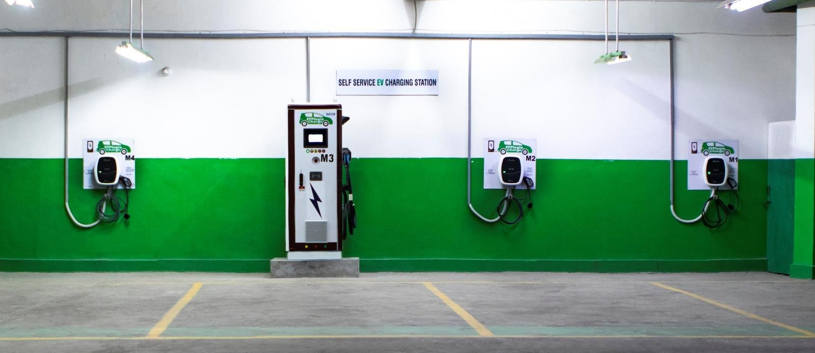 Delhi Government Directs Hotels And Malls To Reserve 5% Parking For EVs