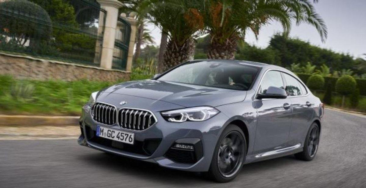 Front-side-look-of-BMW-2-series