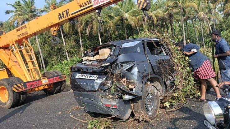 Tata Harrier Saves Occupants In Massive Crash, Owner Thanks Sturdy Build Quality
