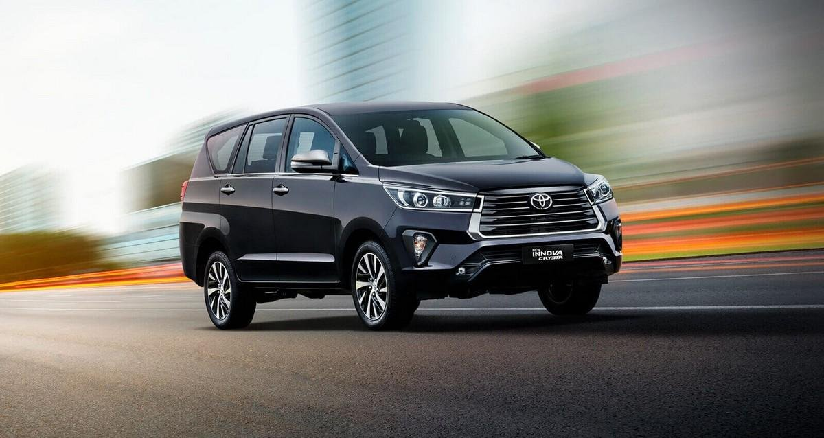 toyota-innova-crysta-three-quarter-front