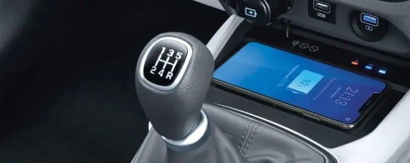 Hyundai Grand i10 Nios review gear stick